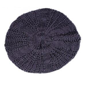 Beret au crochet violet