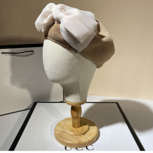 Bérets en coton à gros noeud